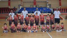Bafra'da geleceğin basketbolcuları yetişiyor