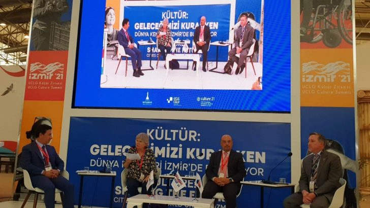 Başkan Aras'ın konuşması İzmir Kültür Zirvesi'ne damga vurdu