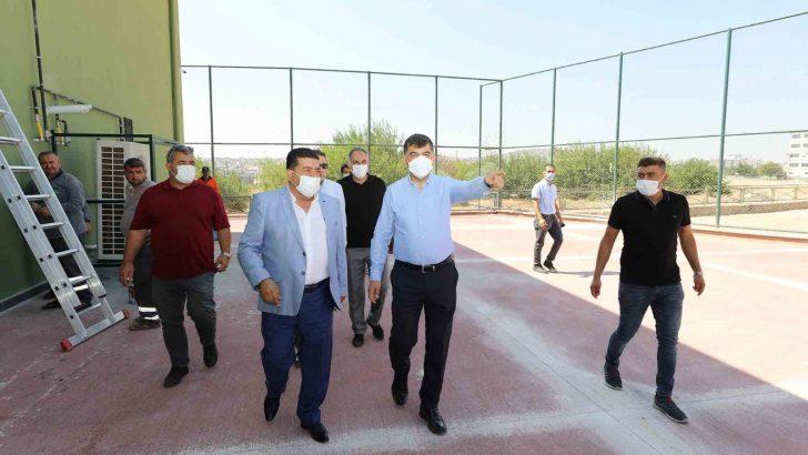 Başkan Fadıloğlu M.Hayi Özkeçeci Spor Kompleksini inceledi