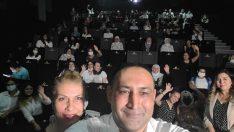 Başkan Yılmaz, kadınlarla birlikte 'Tomris' filmini izledi
