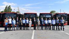 Başkentin 19 yeni otobüsü servis vermeye başladı