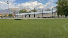 Erzincan'da 6 yıl önce yanan spor sahası yeniden hayat buluyor