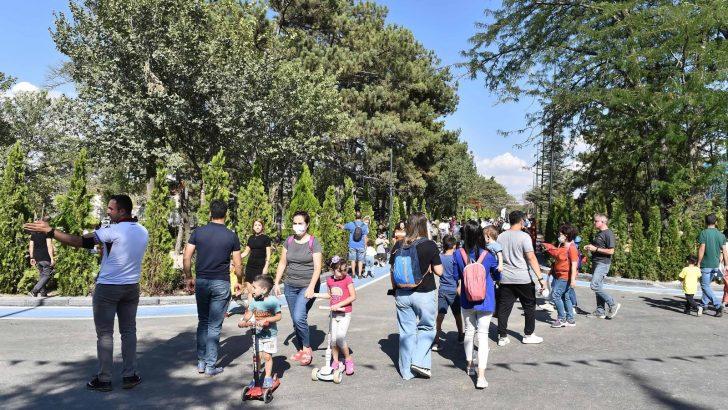 Gazi Park vatandaşlarla dolup taşıyor