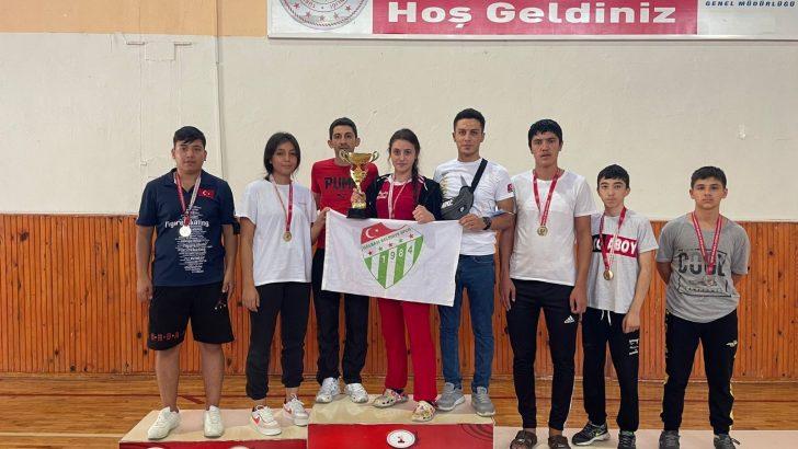 Gölbaşı Belediyesi Spor Kulübü 30 Ağustos Zafer Kupası'na damga vurdu