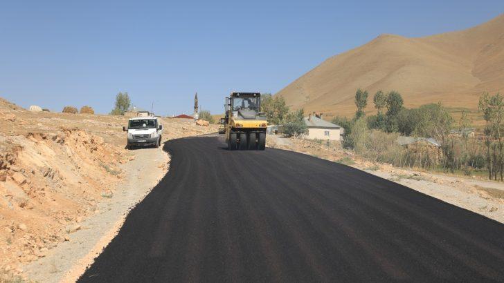 Gürpınar Belediyesinden asfalt çalışması