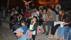 Hakkari Belediyesi halka Vizontele filmini izlettirdi