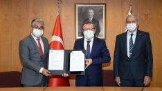 HasTavuk ile Bursa Uludağ Üniversitesi protokol imzaladı
