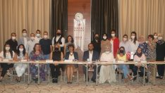 Hayat Hastanesi hemşirelerine liderlik eğitimi