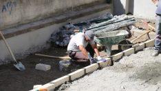 İbadethanelerin çevre düzenlemesi çalışmaları devam ediyor