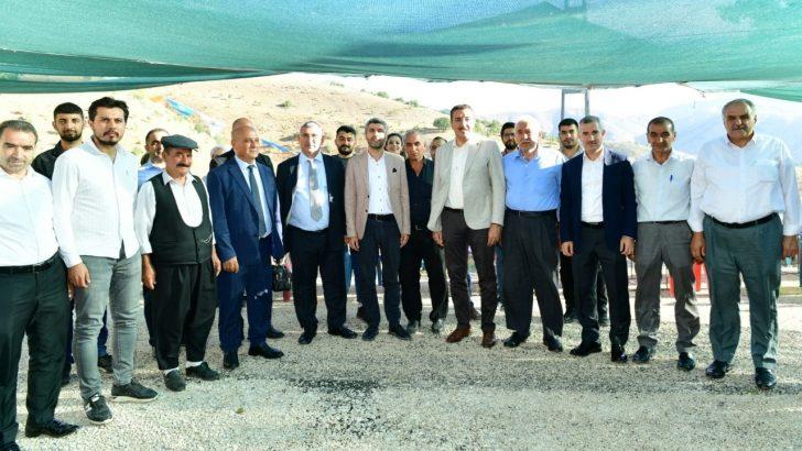 Malatya Yukarı Kozluk ve Üçgöze'de yol sevinci