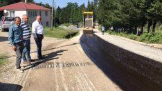 Perşembe'de asfalt çalışmaları sürüyor