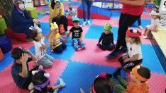 Sincan Bebek Kütüphanesinde minikler İngilizce öğreniyor