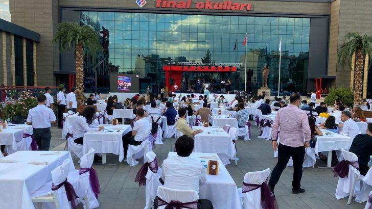 Türkiye'de bir ilki gerçekleştiren Final Okulları 42. yılını eski mezun olan öğrencilerle bir araya gelerek kutladı