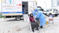Altınordu'da mobil sağlık tarama aracı aşılama için hizmette