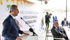 Başkan Köse'den, girişimci kadınlara kovan desteği