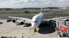 Dünyanın en büyük yolcu uçağı için İstanbul Havalimanı'nda karşılama töreni