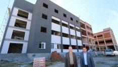 Saruhanlı'da yüksekokul binasının yapımı hızla ilerliyor