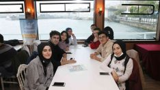 Sultangazili gençlere Boğaz turu