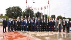 Tuzla'da Muhtarlar Günü sebebiyle çelenk sunma töreni düzenlendi